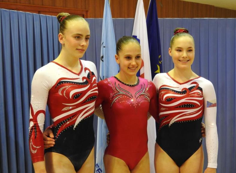 Nedělní finále, zleva Kristýna Brabcová, Aneta Holasová, Vendula Měrková. Autorka: Jana Holasová